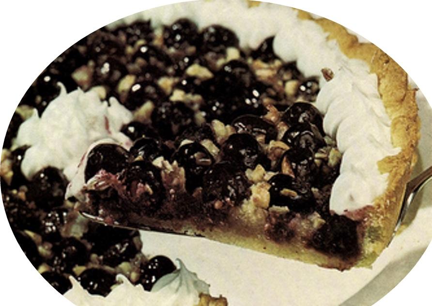 עוגת ענבים שחורים עם קצף
