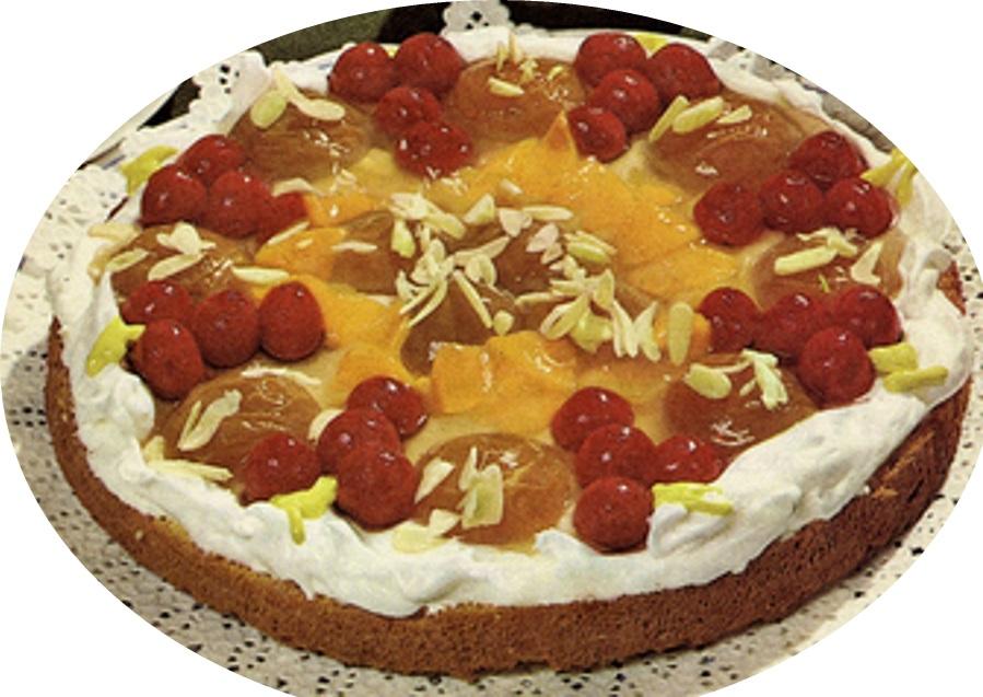 עוגת פירות בקצפת